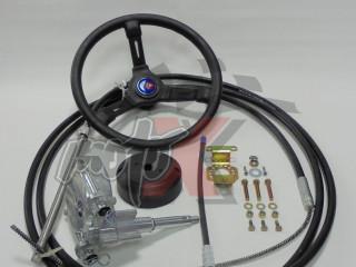 Mechaninė vairavimo sistema pakabinamo variklio k-tas